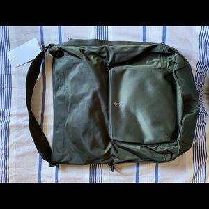 NWT Lulu All Set Hobo Bag